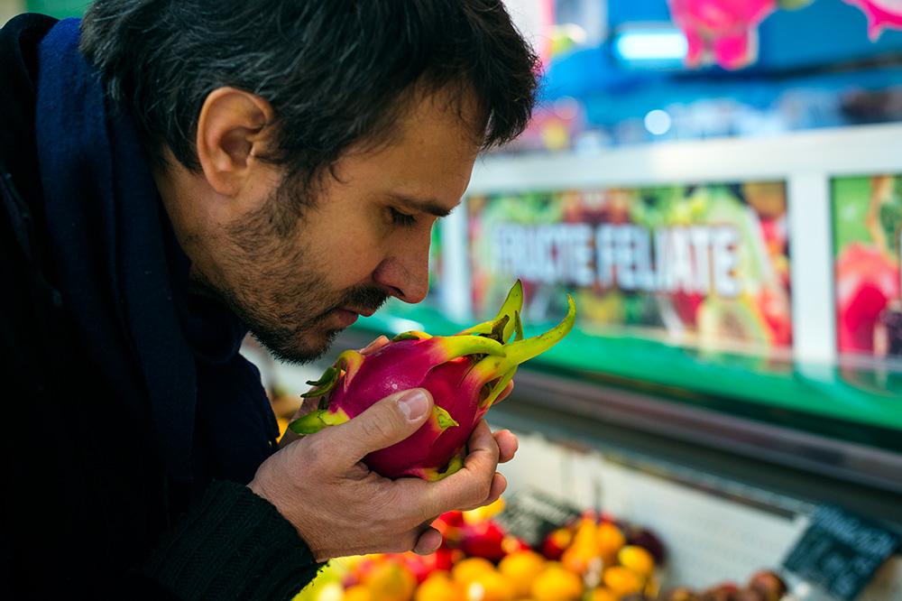 cumparaturi de fructe nicolai tand cora (4)