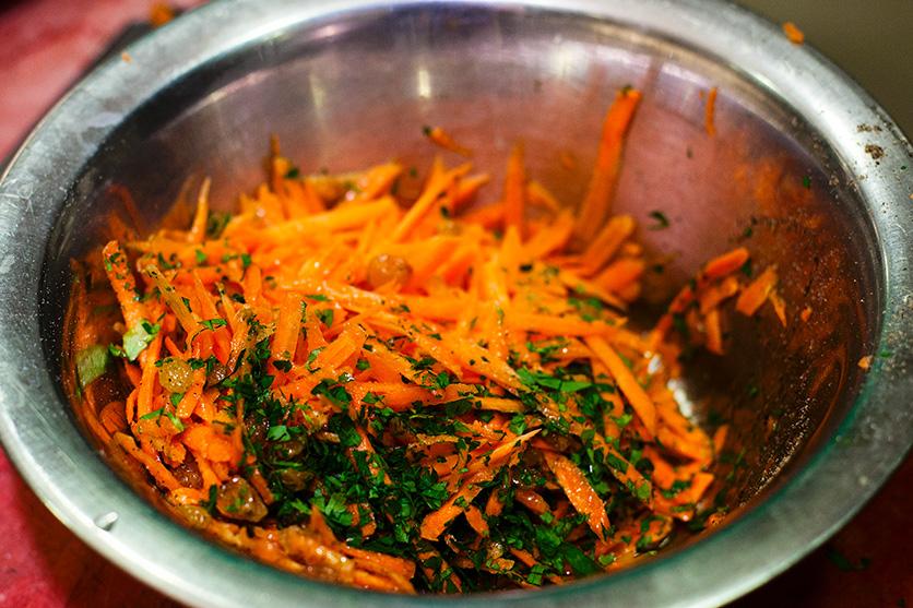 salata de morcovi cu stafide retetele lui nicolai (5)